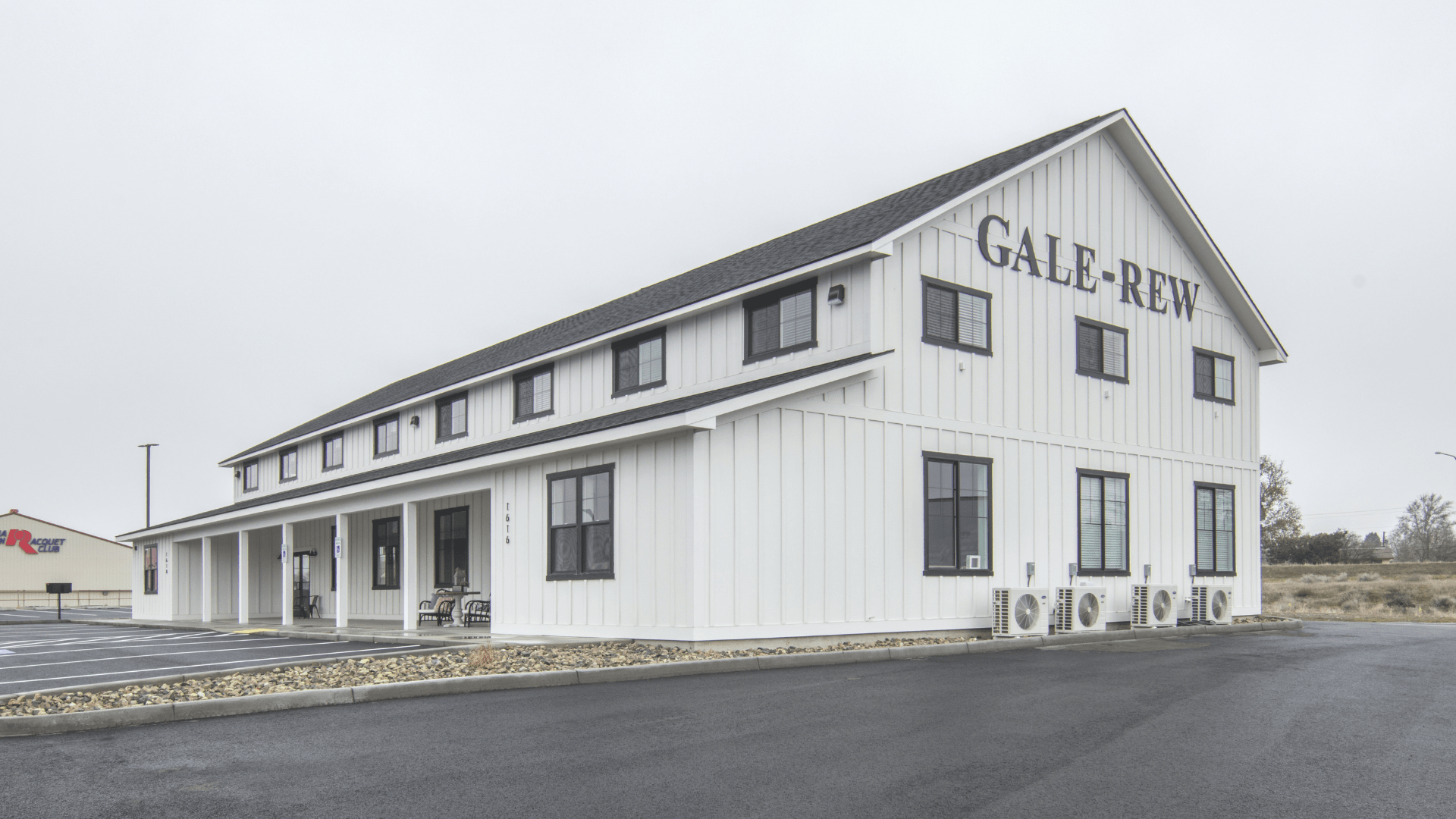 GaleRew1-min